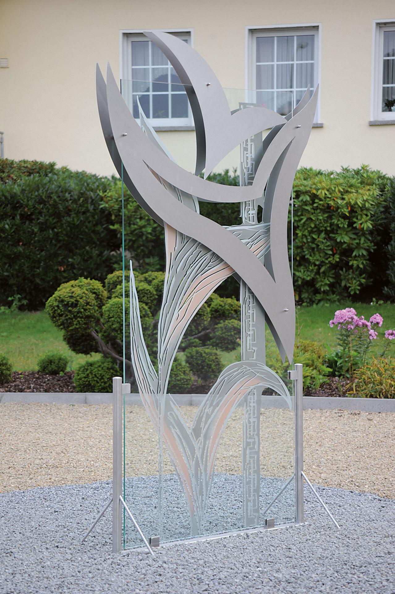 Kallenborn irsch gmbh stelen und skulpturen for Skulpturen garten edelstahl